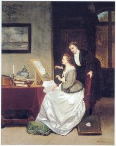 Schilderende vrouw die aanwijzingen krijgt in een interieur