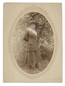 Portret van Miesje van Geen, waarschijnlijk Marie van Geen (1901-1950)
