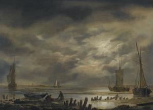 Kustgezicht bij laag water met volle maan, in de voorgrond twee vissers