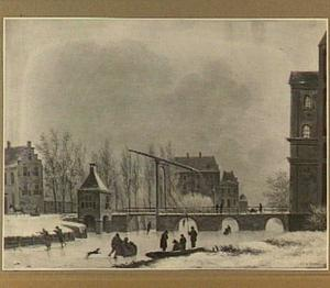 Gezicht op de Wittevrouwensingel te Utrecht met de Wittevrouwenbrug, de Wittevrouwenpoort en in het verschiet het Suikerhuis op het Lucasbolwerk