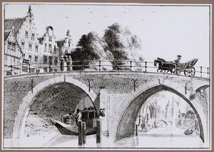 Oudegracht te Utrecht met deJacobibrug; in het verschiet de Zandbrug en de Weerdpoort