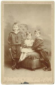 Portret van Jacob Lucas Boreel (1883-1939), Hugo Boreel (1884-1962) en Pauline Johanna Boreel (1887-1961)