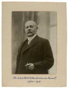 Portret van Louis Dirk Anton Junius van Hemert (1854-1919)