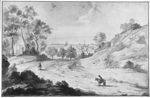 Heuvellandschap met kapel en landweg