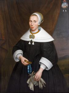 Portret van Emeretia (Immetje) Groot (1619-1683) met geopend horloge in de hand
