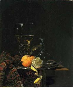 Stilleven met roemer en vruchten op een deels met een oosters kleed bedekte tafel