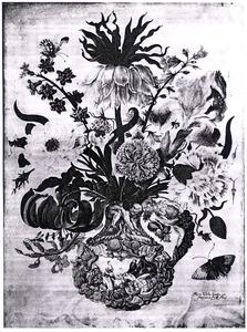Bloemstilleven met keizerskroon in Delftse vaas