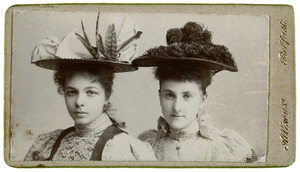 Portret van Anna Catherina Engelenburg en Edith Mercier
