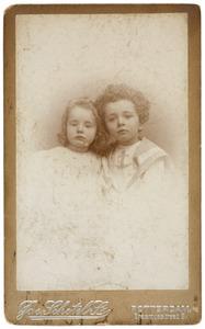 Portret van Gerardus Cornelis van den Bos (1894-1965) en Jacoba Maria Frederika van den Bos (1895-1961)