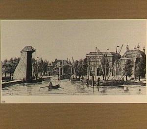 De Houttuinen te Dordrecht met links de hijskraan Rodermont