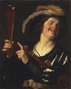 Lachende violist met fluitglas in rechter hand
