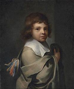 Portret van een jongen in een grijze cape