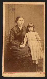 Portret van Anna Geertruida van Hoytema (1834-1907) met een meisje