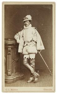 Portret van Guillaume Jean Théodore baron Stratenus (1858-1939) als Heer van Cuerve