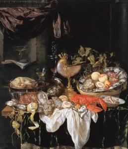 Pronkstilleven met nautilusbeker, siervaatwerk, kreeft,fruit en gebraad op een donker kleed met wit servet; in een nis blokfluit met boek