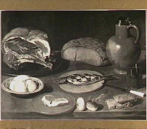 Stilleven met stuk vlees, bokking en een aardewerken kruik