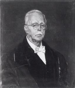 Portret van Theodoor Marius van Leeuwen (1876-1952)