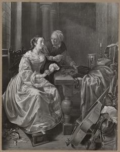 Zittende elegante jonge vrouw met dienstmeid in een interieur