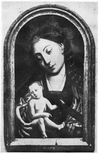 Maria met kind met crucifix