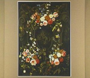 Grisaille met Madonna met kind en musicerende engelen in een cartouche versierd met bloemen