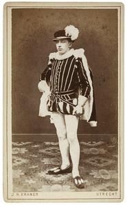 Portret van Hendrik Johannes Christiaan Isaak de Jong (1859-...) als Willem van Zuylen van Nijevelt