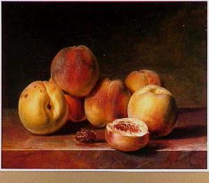 Perziken op een marmeren tafel