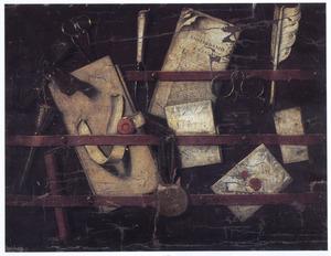 Trompe-l'oeil van een brievenbord met schrijfgerei, een krant en een bril