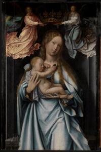 Maria met slapend kind op de arm door engelen gekroond