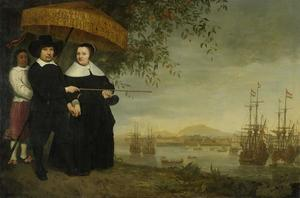 Dubbelportret van een opperkoopman van de VOC en zijn vrouw, waarschijnlijk Jacob Mathieusen en echtgenote; op de achtergrond een retourvloot voor de rede van Batavia