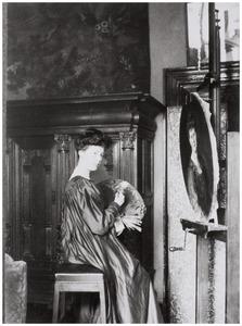 Portret van Antoinette Ludovica (Tony) van Alphen (1878-1910)