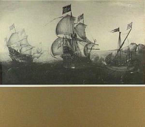 Ontmoeting tussen koopvaarders en een galei; rechts op de achtergrond een rotsachtige kust