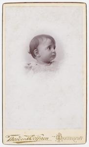 Portret van Adrienne Gabrielle Wilhelmine Hubertine Marie Regout (1895-1975)
