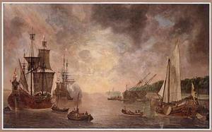 Haveningang met handelsschepen en een jacht