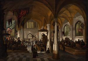 Interieur van een drukbezochte Protestantse kerk