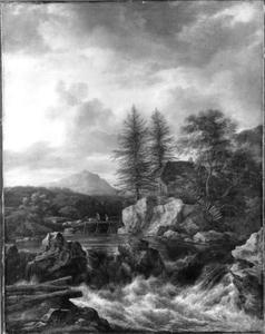 Berglandschap met stroomversnelling