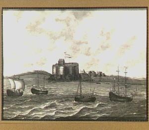 Hollandse koopvaardijschepen voor de kust