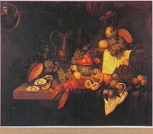 Stilleven met vruchten, vergulde schenkkan, oesters en een kreeft; met een papegaai in een ring