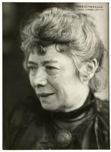 Portret van de kunstenares Suze Robertson