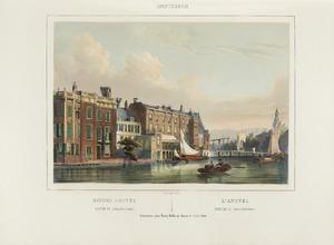 Amsterdam, de Binnen Amstel met de achterzijde van de huizen aan de Doelenstraat