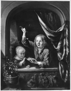 Bellen blazende kinderen in een venster