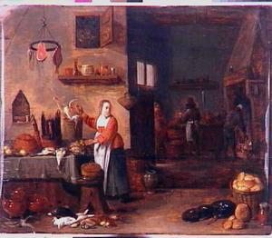Keukeninterieur van een keukenmeid bij een tafel met verschillende vogels; op de achtergrond een doorkijk naar een man bij een schouw en een man die aan een aanrecht staat
