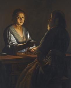 Een oude man en een jonge vrouw bij kaarslicht aan een tafel