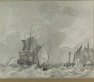 Kustgezicht met schepen