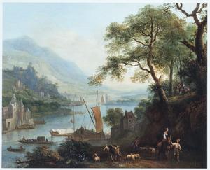 Bergachtig rivierlandschap met aanlegplaats bij een watermolen