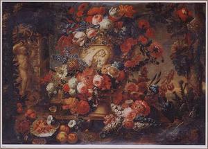 Stilleven met bloemen in een tuin