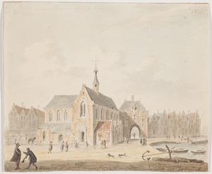 Gezicht op de Oudezijdskapel en de Sint-Olofspoort in Amsterdam