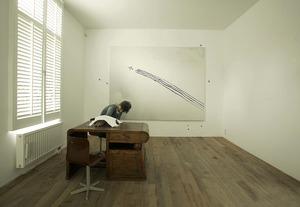 Marijke van Warmerdam in haar atelier