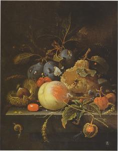 Stilleven van vruchten en noten op een stenen blad