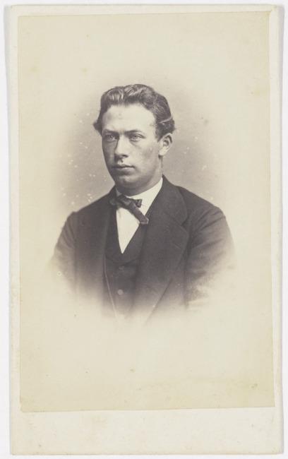 "<a class=""recordlink artists"" href=""/explore/artists/417530"" title=""J. Korsten""><span class=""text"">J. Korsten</span></a>"