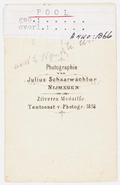 """<a class=""""recordlink artists"""" href=""""/explore/artists/417499"""" title=""""Julius Schaarwächter""""><span class=""""text"""">Julius Schaarwächter</span></a>"""